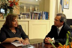 Nilda Garré también respaldó a Cantero.