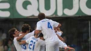 Todo Vélez festeja el 1-0 de Chucky Ferreyra.