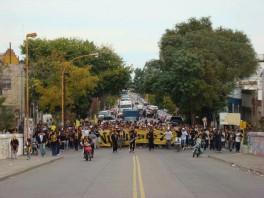 Las-calles-de-Bahía-se-tiñeron-de-amarillo-y-negro-Foto-archivo-www.aurinegro.com_.ar_.-264x198