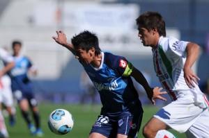Quilmes-y-Vélez-se-miden-en-la-14ta-del-Final-2014-Télam.-900x597